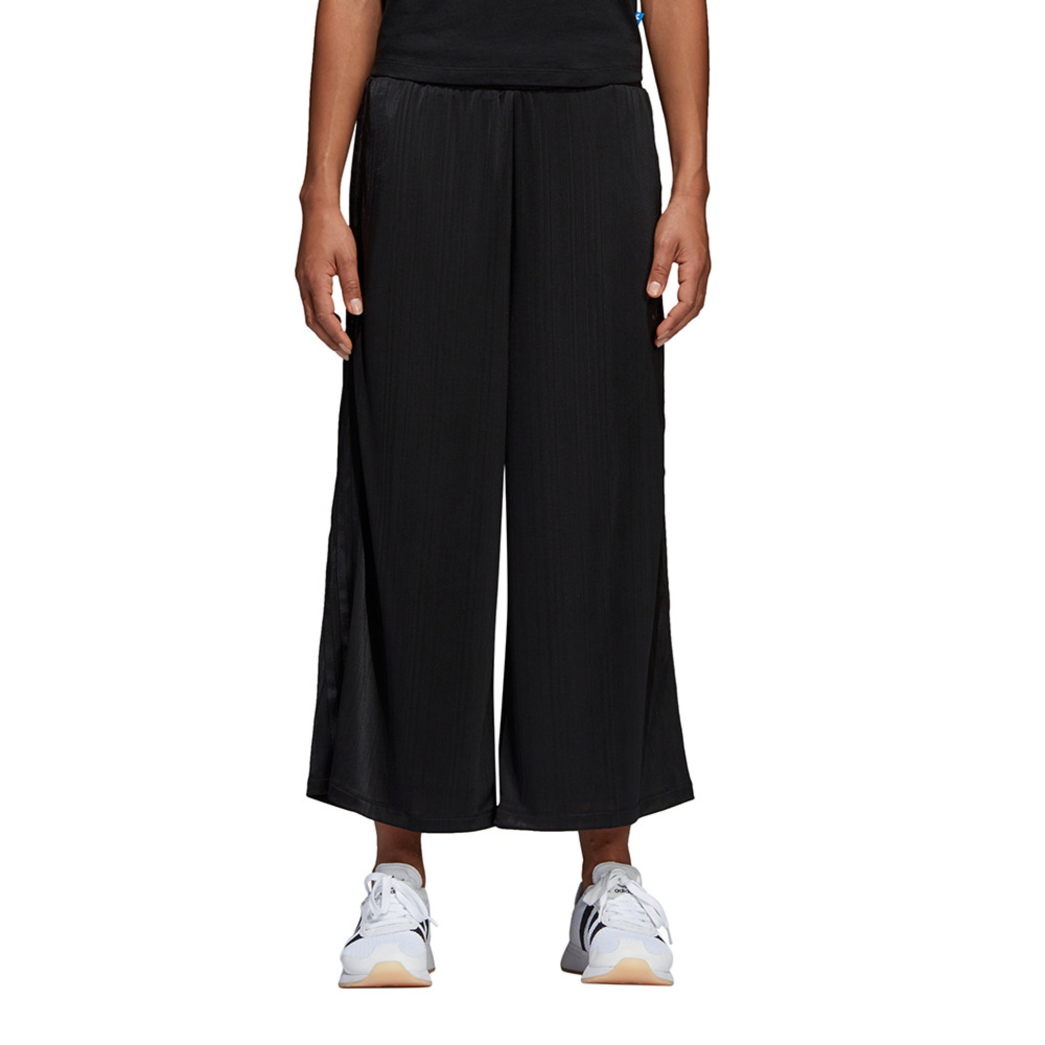 Styling Complements Ribbed Pants
