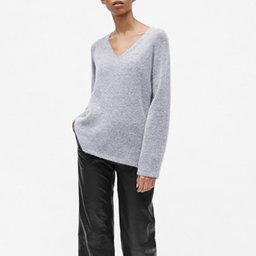Multi V neck Neck Pullover