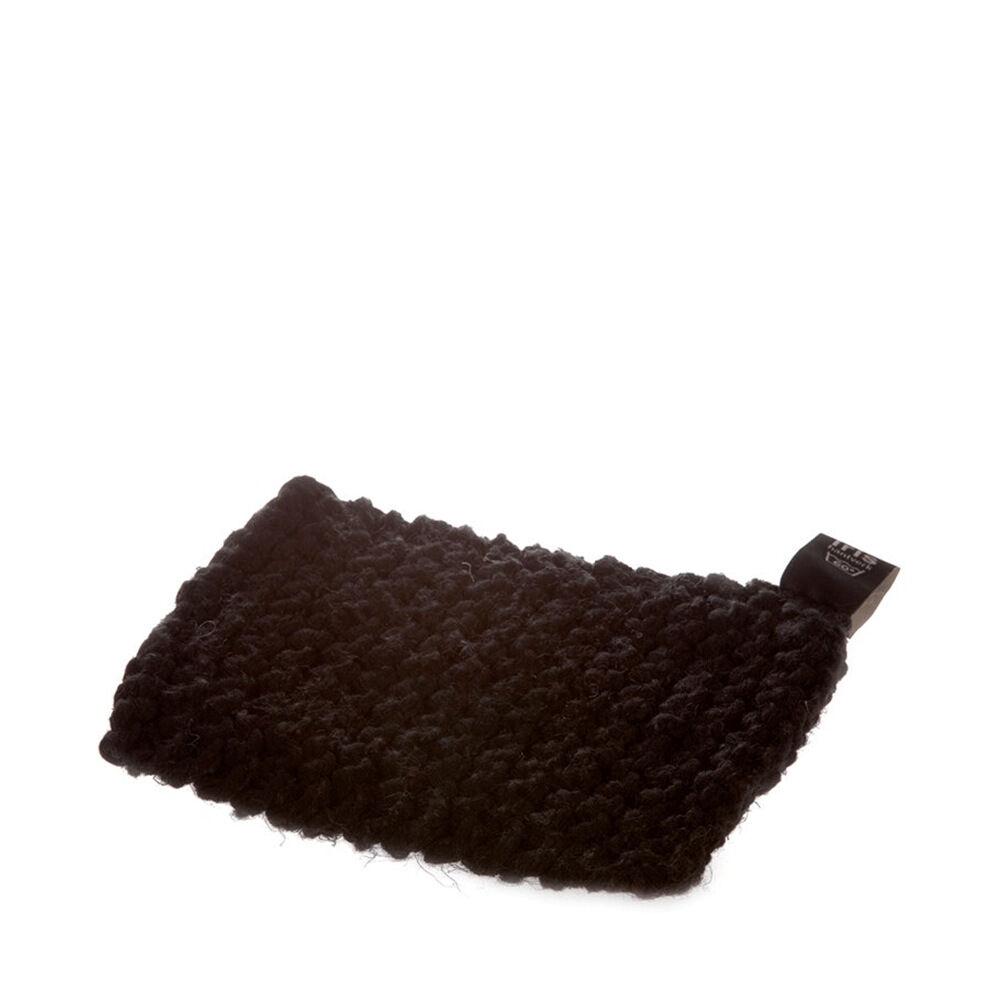 Grytlapp handstickad 21×18 cm svart