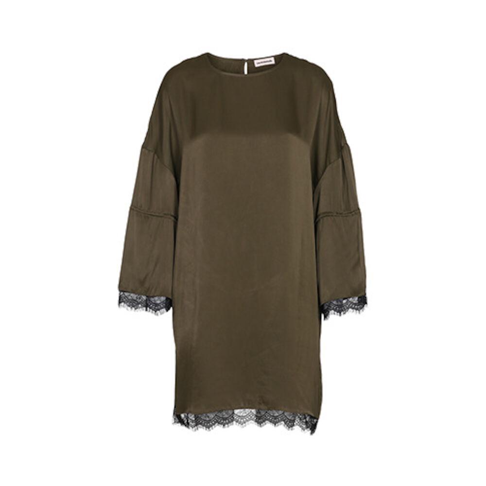 Yasmen dress