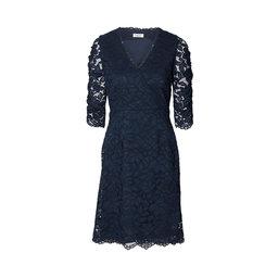 Lake 3 4 dress