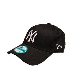 League Basic Cap