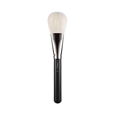 135 Large Flat Powder Brush