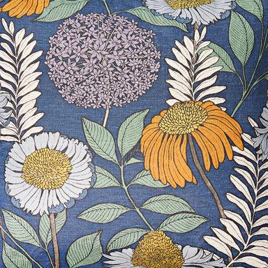 Gardin Joan's Garden design av Abigail Borg 140×240 cm