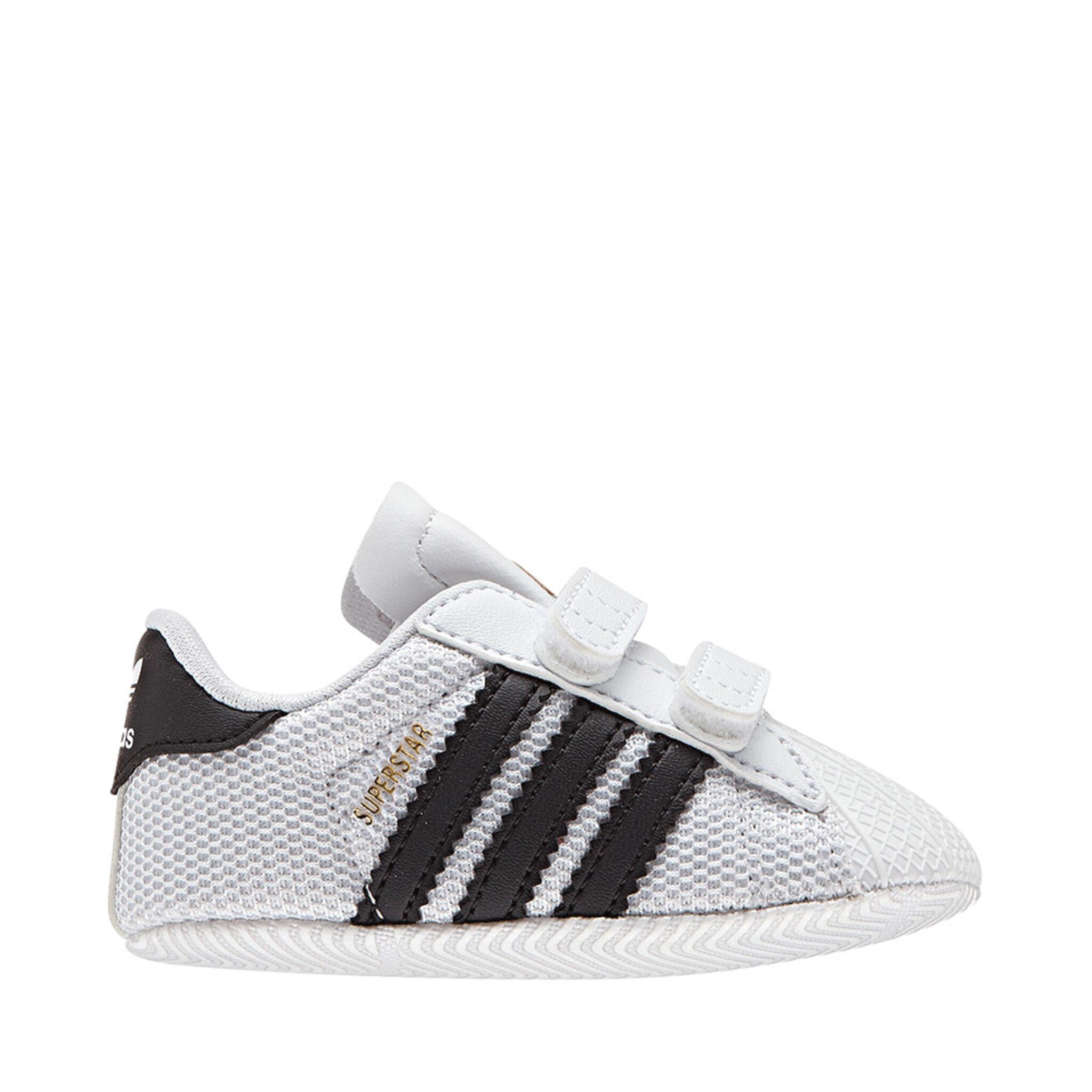 Sneakers, Superstar Crib