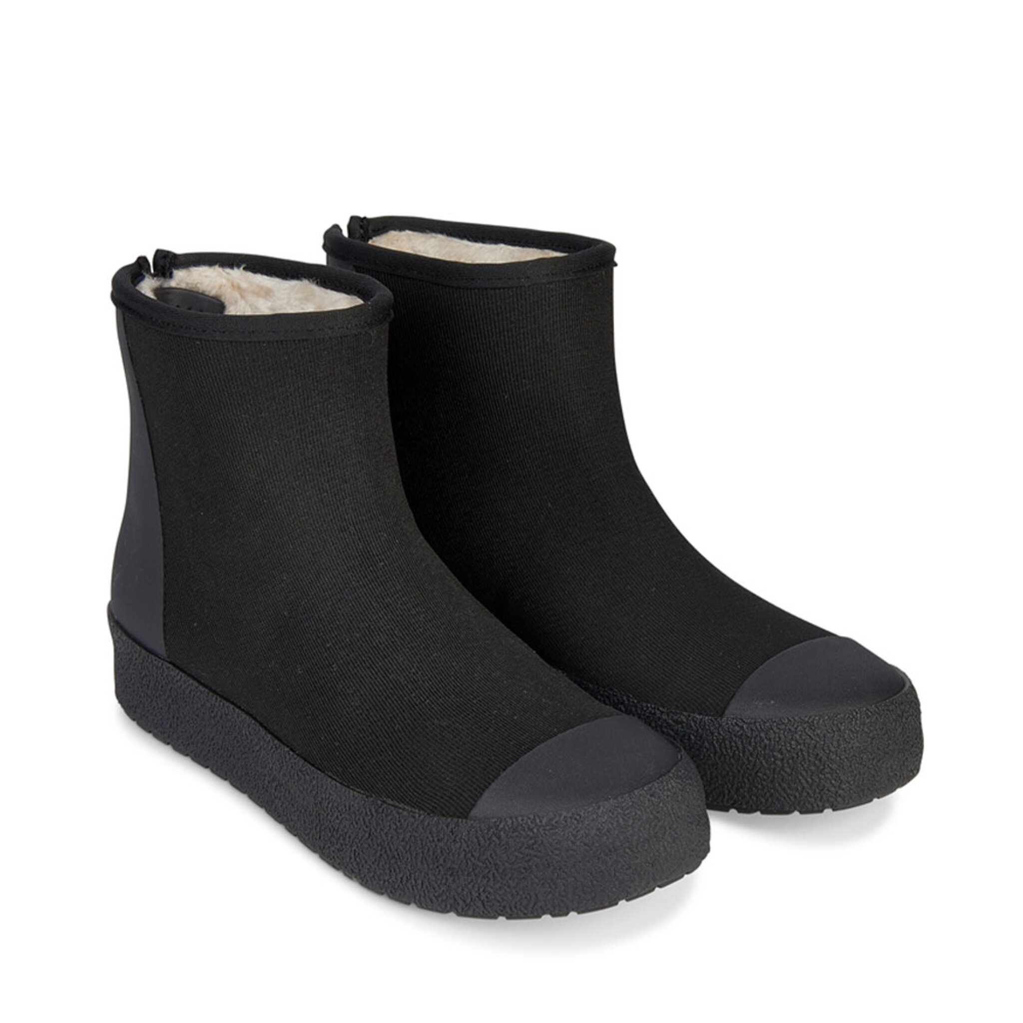 Boots Arch Hybrid