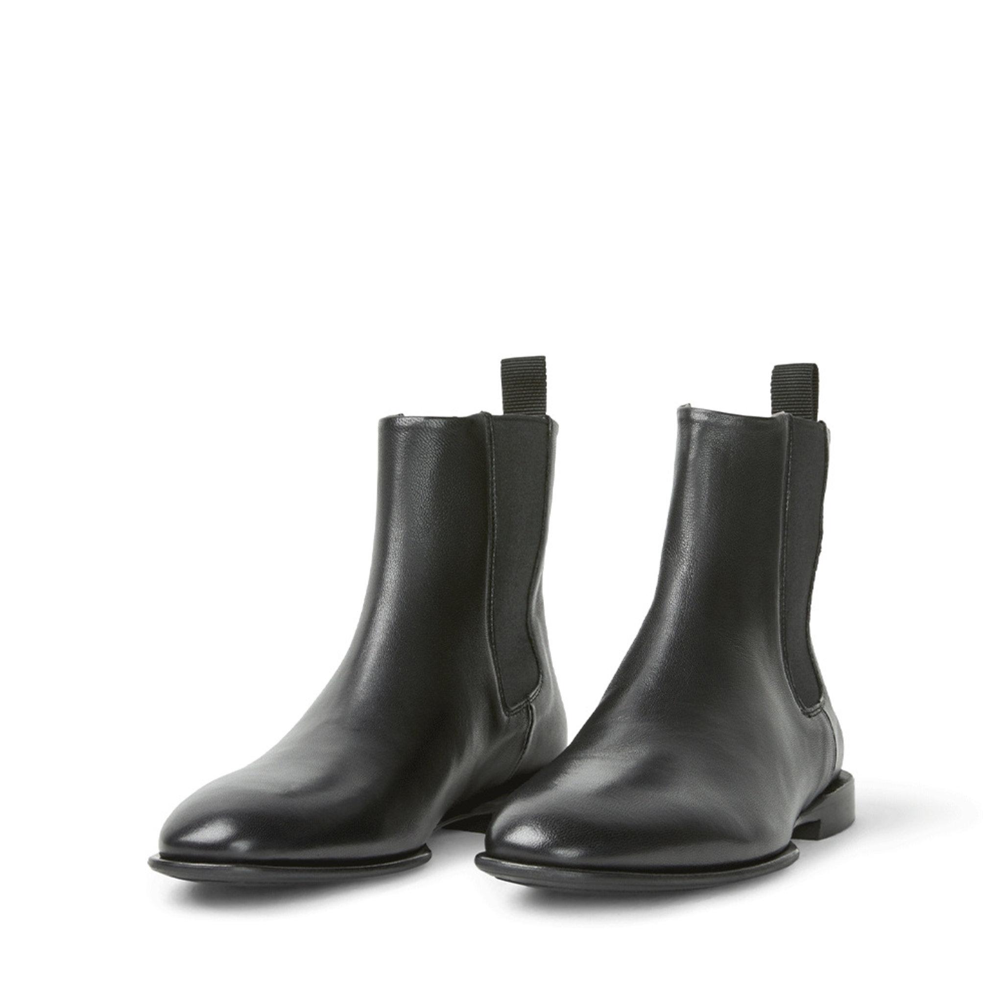 Fallon Low Chelsea Boot, svart