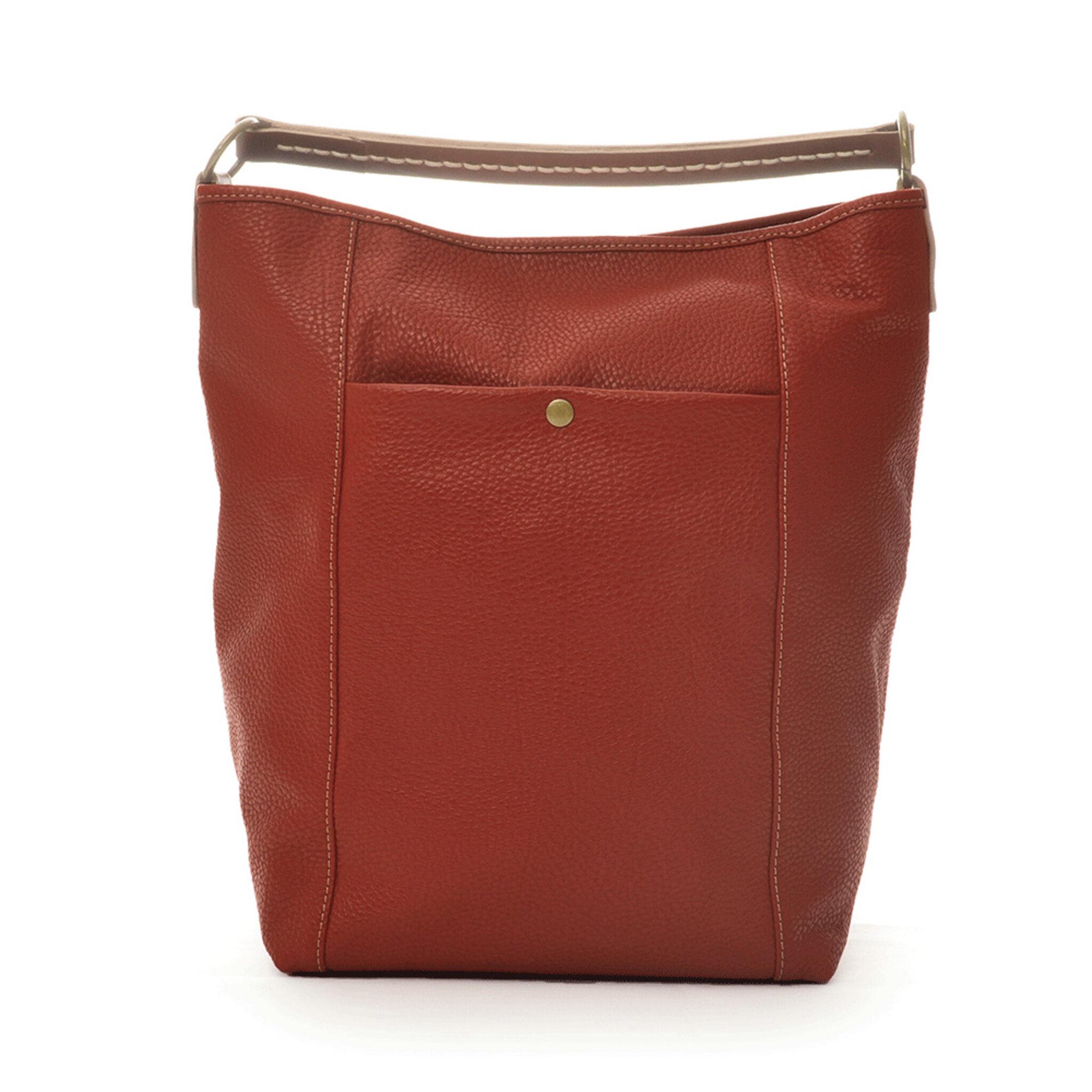 Bucket Bag Red Grained Leather - Handväskor - Köp online på åhlens.se! 80a3968b4f5ab