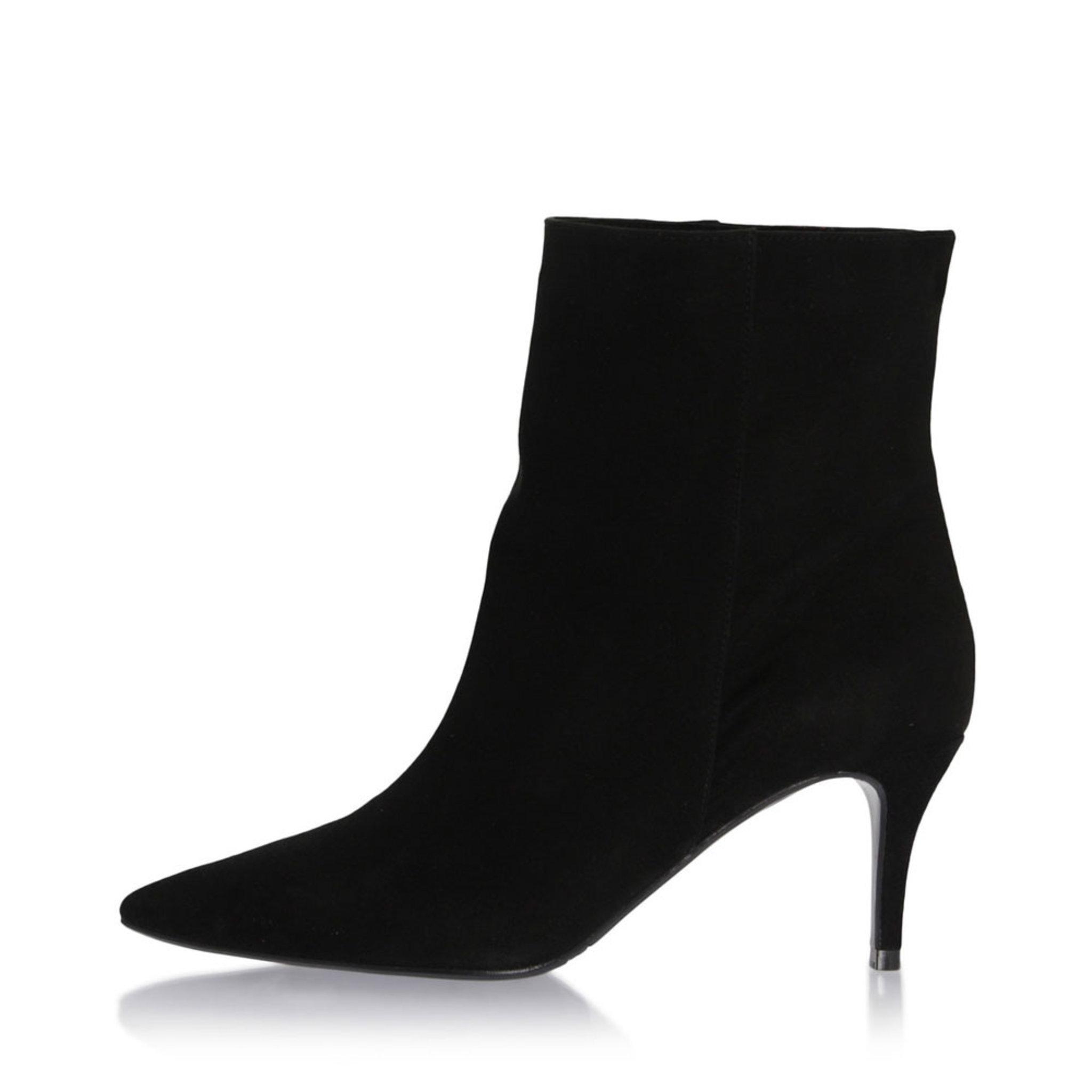 Boots 8096, svart
