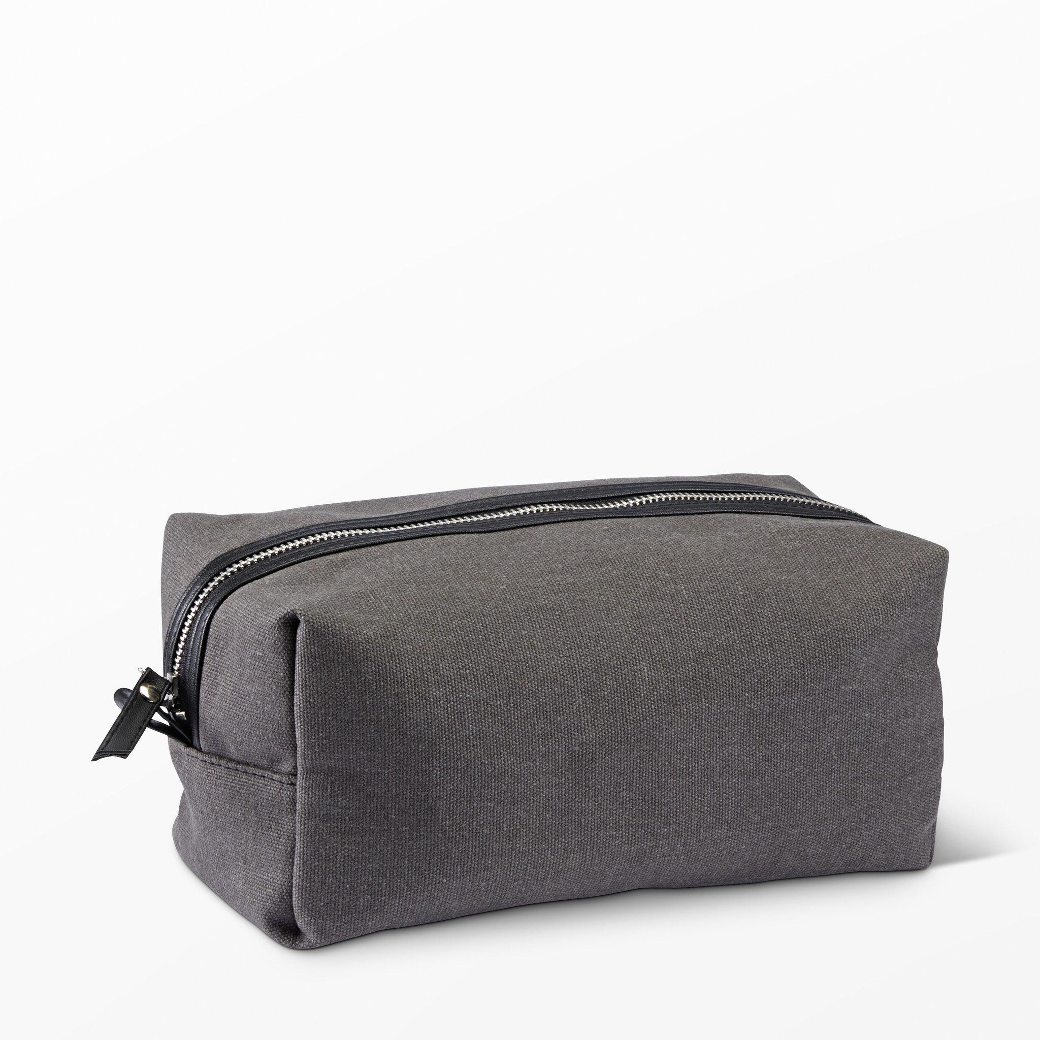Necessär - Necessärer - Köp online på åhlens.se! d39a7d1174136