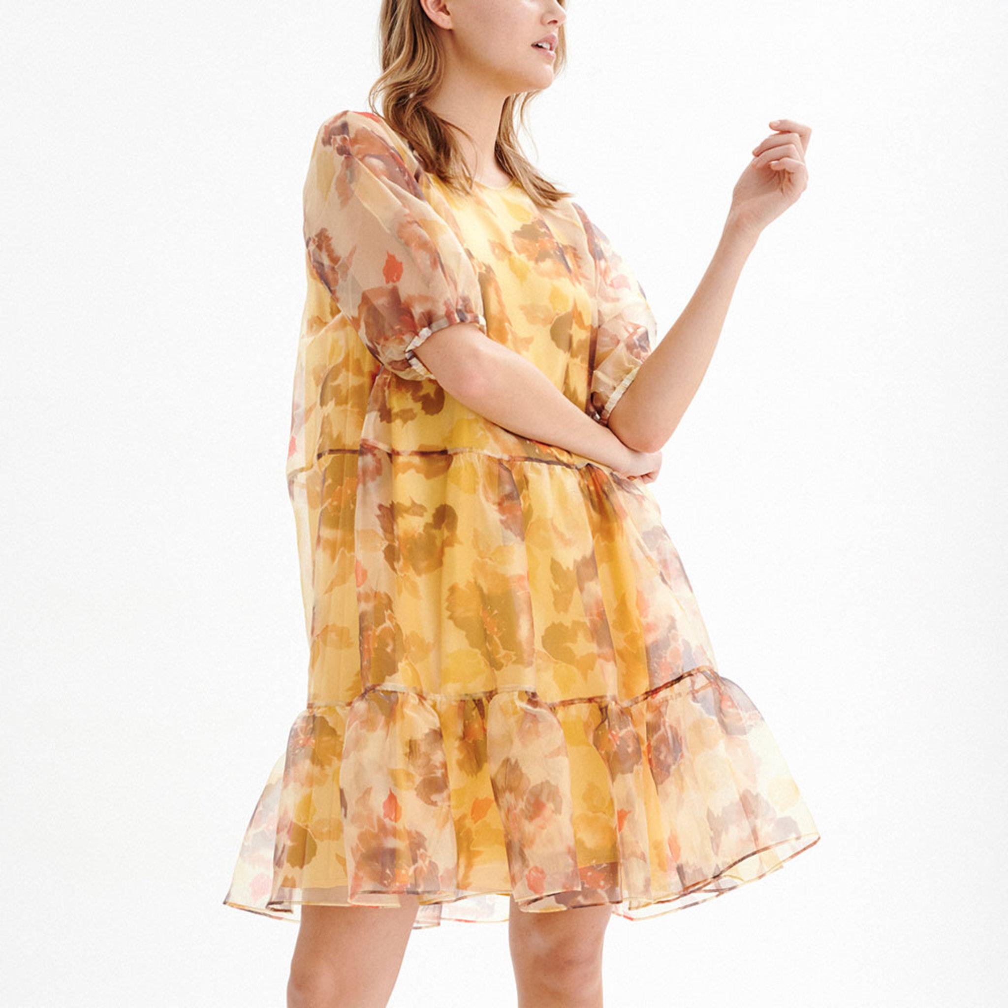 AlanaIW Dress Klänningar Köp online på åhlens.se!