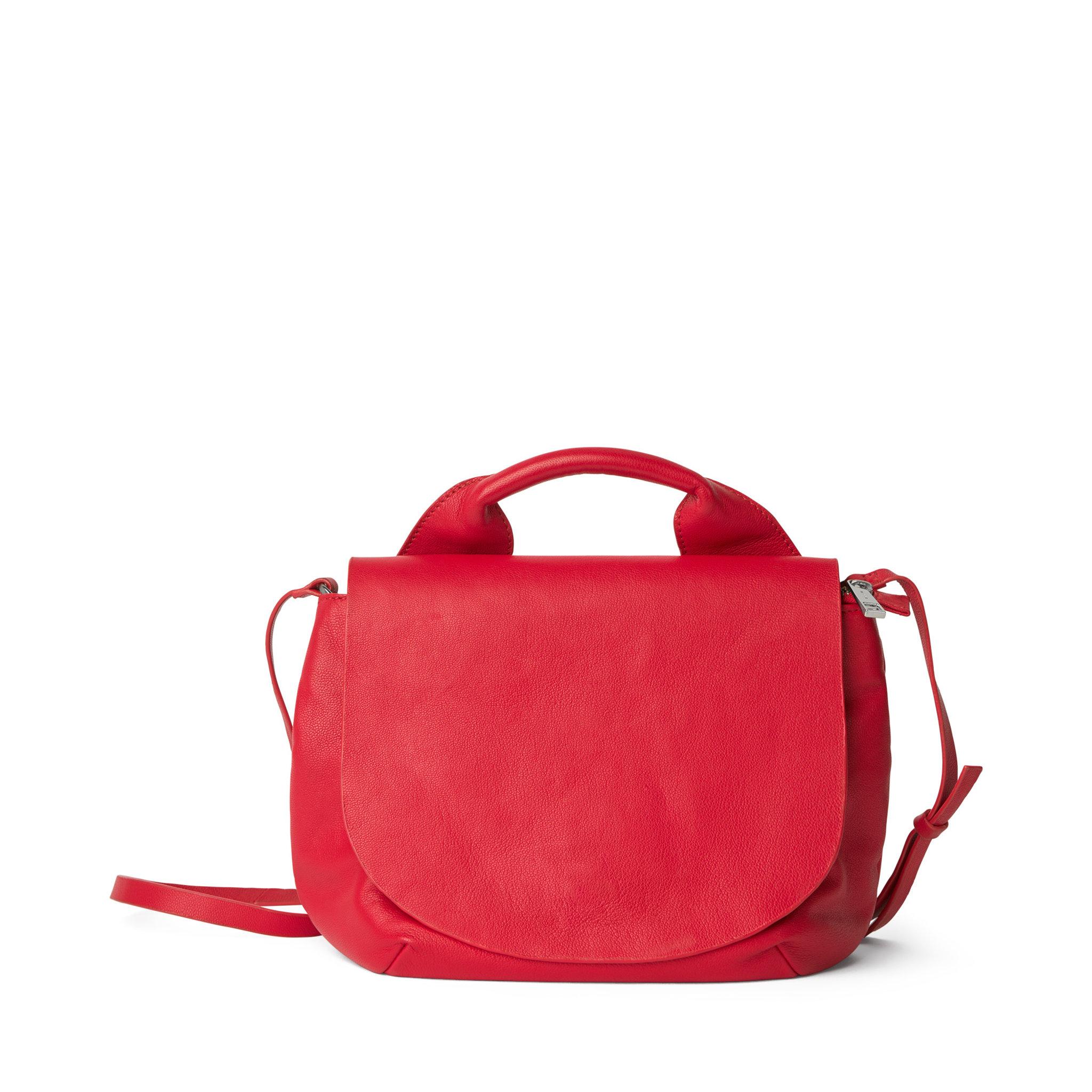 röd väska skinn