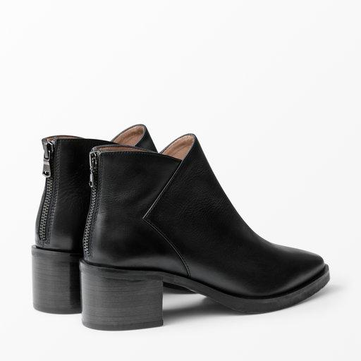 Boots med kilklack Stövlar & boots Köp online på åhlens.se!