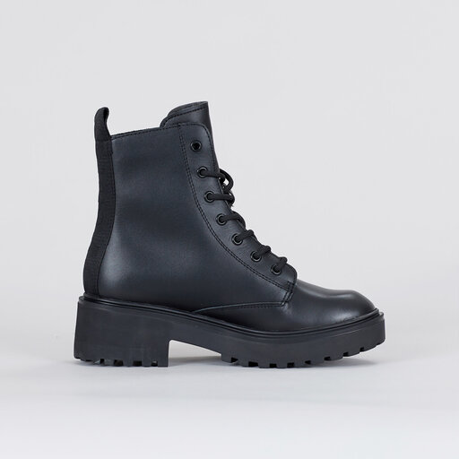 Leather Boot, black